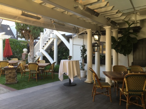 Five-Crowns-Corona-Del-Mar-Laguna-Wedding-Venue-British-Restaurant