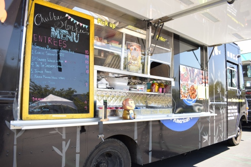 chubbee-monkeee-oc-food-fiend-blogger-orange-county-truck-wings-lunch-irvine-westminster-business-center-foodie-where-to-find-in-ocfoodfiend-pcitures