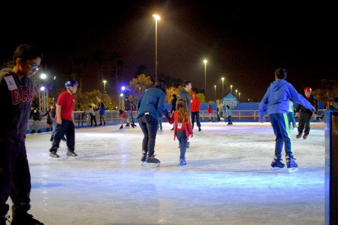 Union-Market-Tustin-Orange-County-SoCal-Food-Hall-Irvine-OCfoodfiend-OC-Food-Fiend-Blogger-Where-To-Go-Holidays-Places-Milkbox-Date-Night-Dinner-Plans-Ice-Skating-Rink-Outdoor