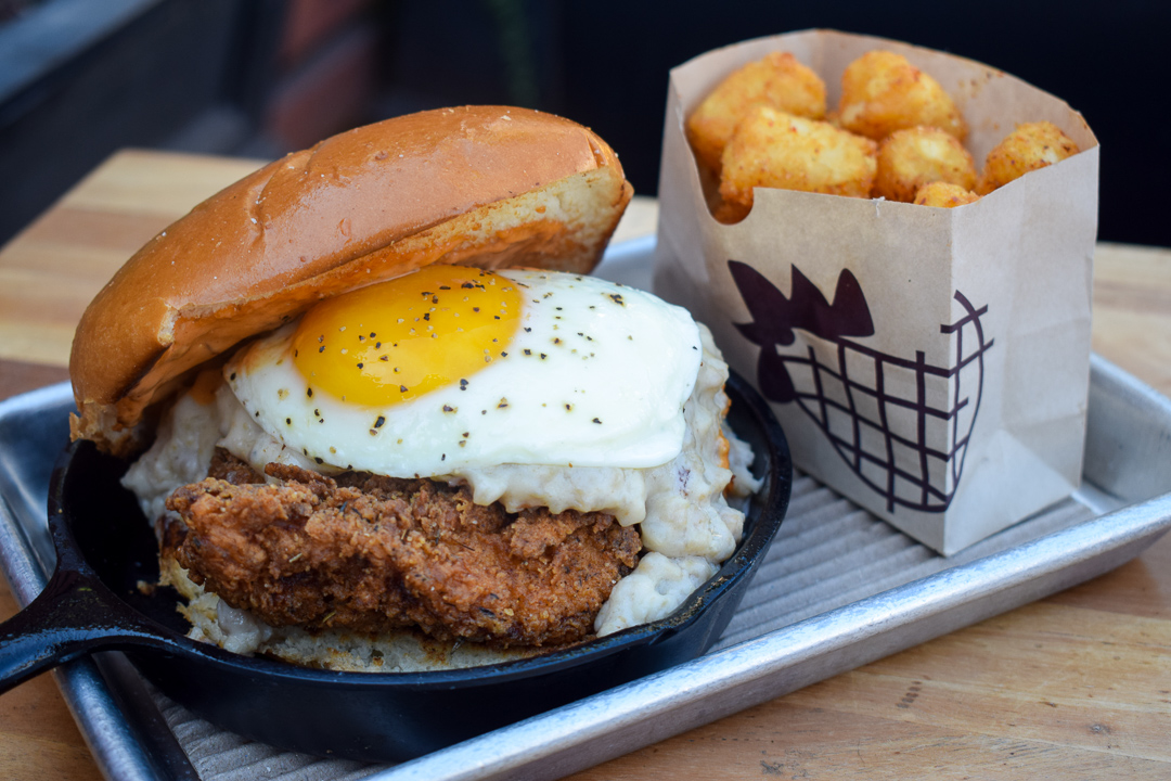 Bruxie-breakfast-brunch-orange-county-fried-chicken-sandwiches-where-to-find-ocfoodfiend-oc-foodie-blogger-instagram-restaurant-photography