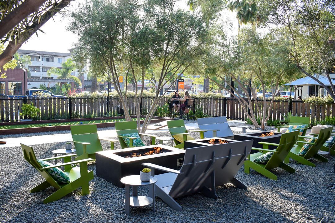 Cultivation-Kitchen-Greenhouse-Downtown-Anaheim-Dine-Inside-Date-Night-Packing-House-District-Disneyland-Where-To-Go-OC-Food-Fiend-OCfoodfiend-Orange-County-Organic-Healthy-Patio-Outdoor-Dining